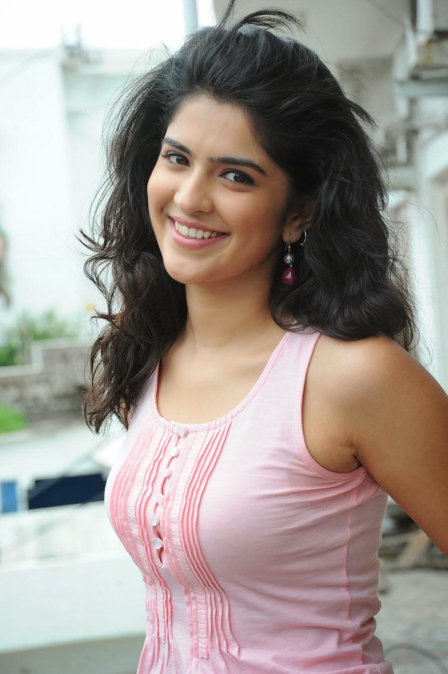 Yami Gautam Wallpapers Cute Deeksha Seth Hot Full Photo Gallery Deeksha Seth Hd