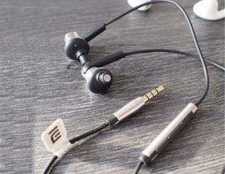 Headset Yang Cantik Untuk Bernyanyi Di Smule