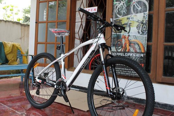 Sepeda Mtb 27 5 Inch Thrill Vanquish 3 0 Rp 2 000 000 Toko Sarana Sepeda