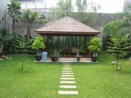 Gazebo taman minimlais rumah