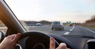Γιατί έχουμε το τιμόνι αριστερά ενώ σε άλλες χώρες δεξιά;
