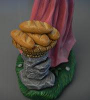 statuette fatte a mano panettiere particolari oggetti personalizzati orme magiche
