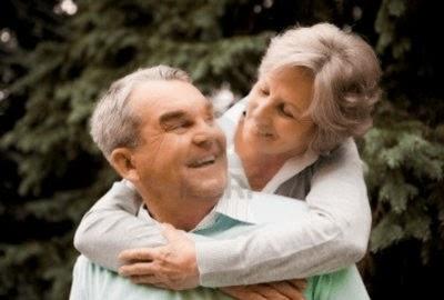 7 Tips Suami Istri Harmonis sampai tua