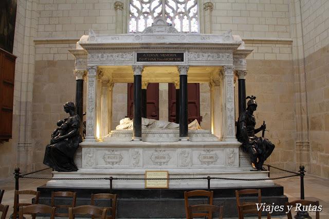 Interior catedral Saint Pierre et Saint Paul de Nantes