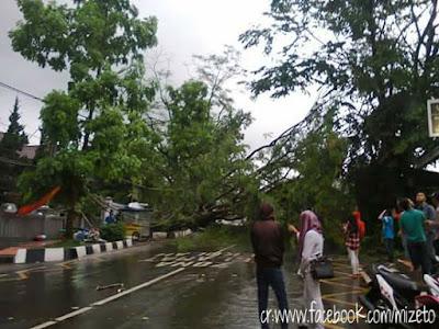 PicsArt 1448712003308 Awas! Hujan Es dan Badai Terjadi Di Sukabumi