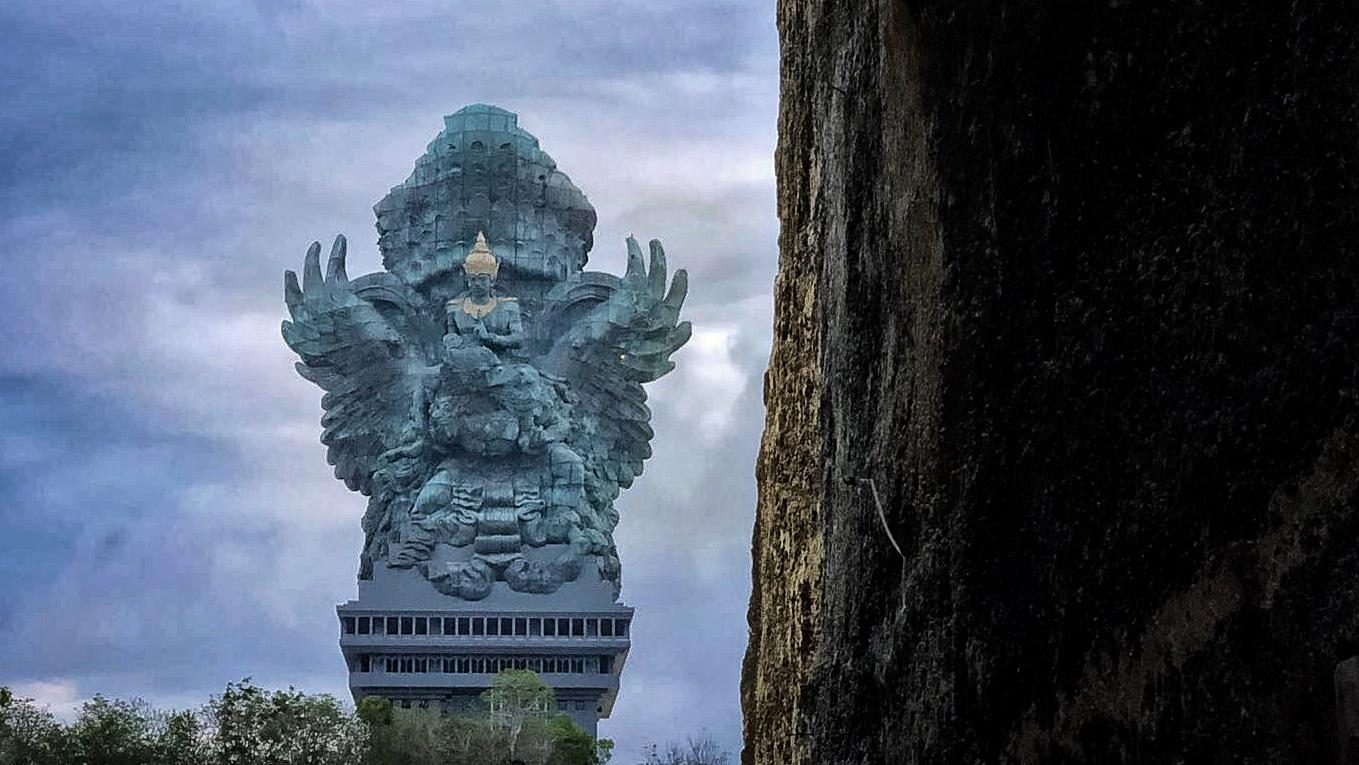 My Purple World Ww Garuda Wisnu Kencana Statue Bali Indonesia