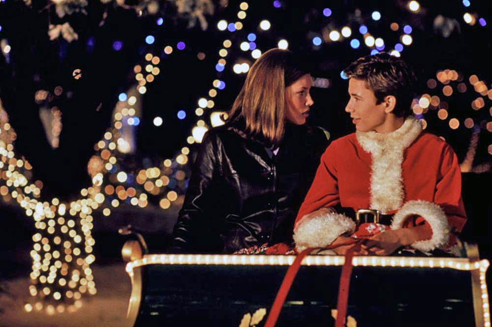 Ill Be Home For Christmas 1998.Leather Coat Daydreams Jessica Biel In I Ll Be Home For
