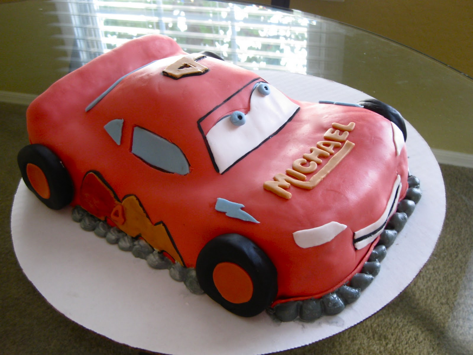 A Four Year Old Michael Got His Dream Cake This Lightning McQueen From Cars Happy Birthday