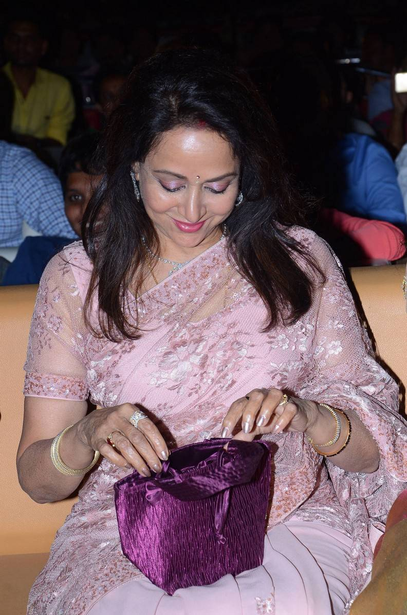 Hema Malini Latest Hot Cleveage Spicy Pink Trasnparent -8334