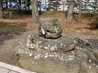 川中島古戦場執念の石