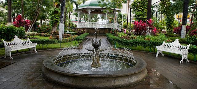 Visita el centro de Colima, México