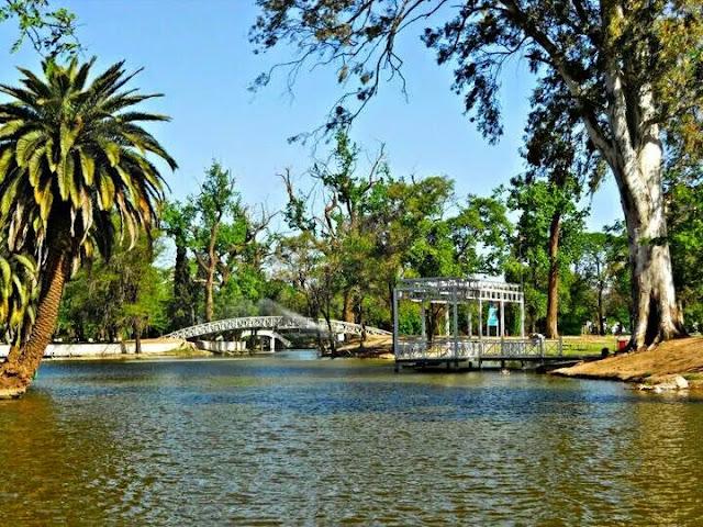 Parque Sarmiento no verão