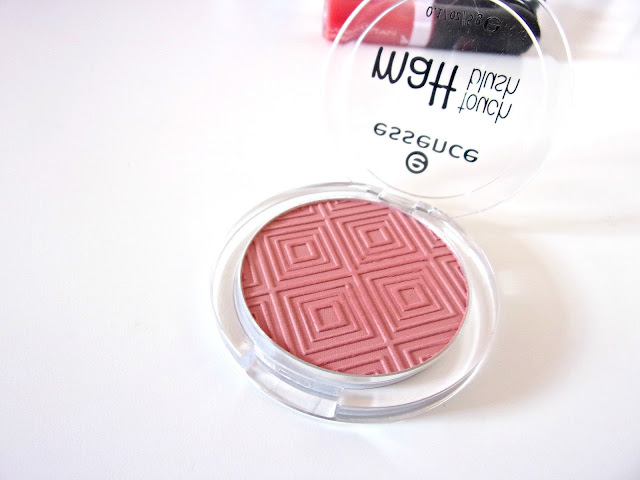 Essence Matt Touch Blush in 20 Berry Me Up! Review