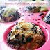 Muffins à l'ananas, au chocolat blanc et à la noix de coco.