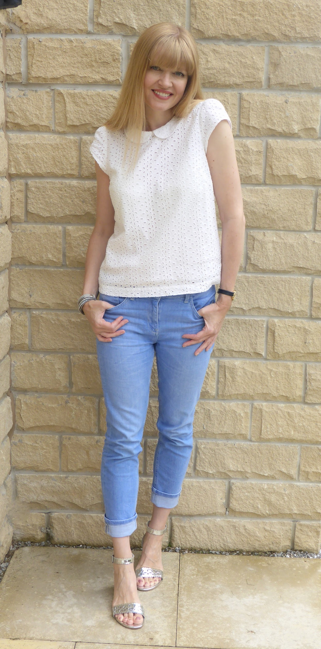 What Lizzy Loves, cropped jeans, broderie top, silver sandals