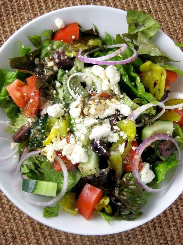 Traditional Mediterranean Greek Salad Dressing