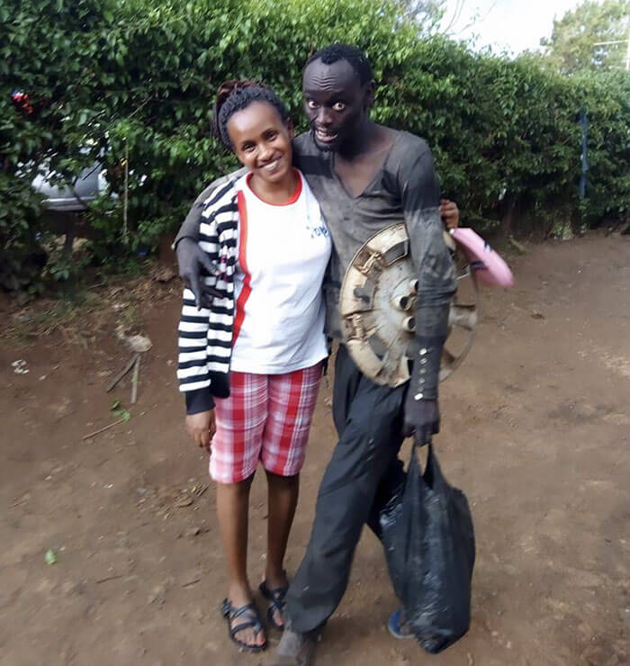 A Woman Encountered Her Childhood Friend On The Street, Now Being A Drug Addict, And Decided To Transform Him