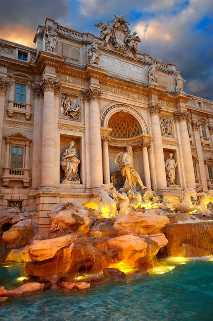 10 Hottest Summer Destinations In Europe | Trevi Fountain,Rome