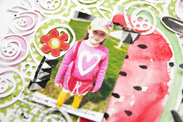Scrapbooking tutorial: watercolour background and embellishments