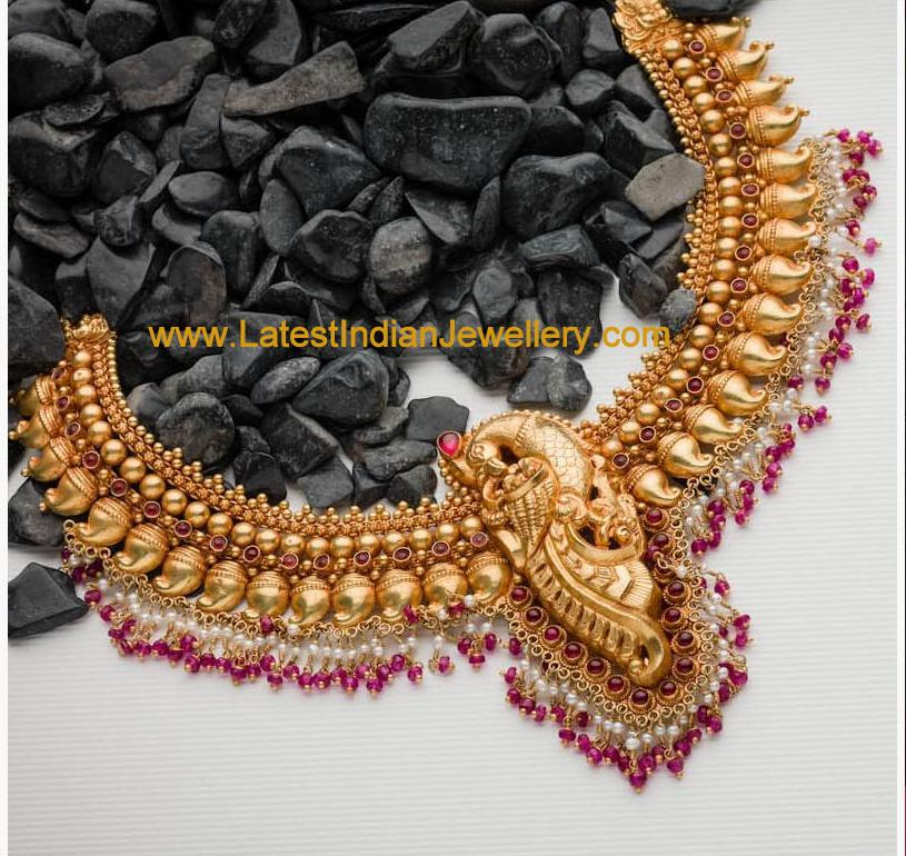 40gms peacock necklace