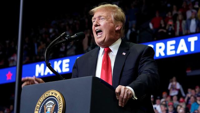 Trump podría usar dos eslóganes para su campaña presidencial de 2020