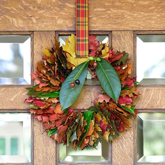 Autumn Wreath Ideas Homemade Wreath Colored Leaves In Autumn
