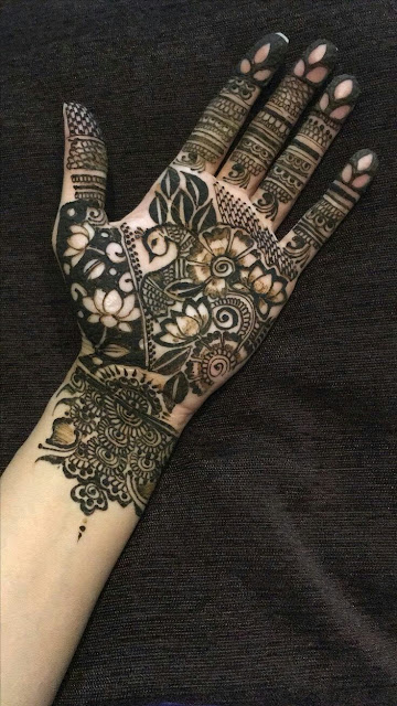 40 beautiful peacock mehndi designs to try in 2017 bling sparkle. Black Bedroom Furniture Sets. Home Design Ideas