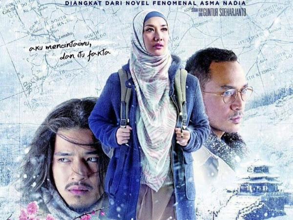 "Jilbab Traveler ""TOTALITAS"" Seniman Indonesia"