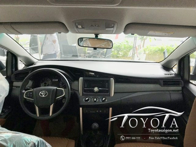 Nội thất xe Innova 2019