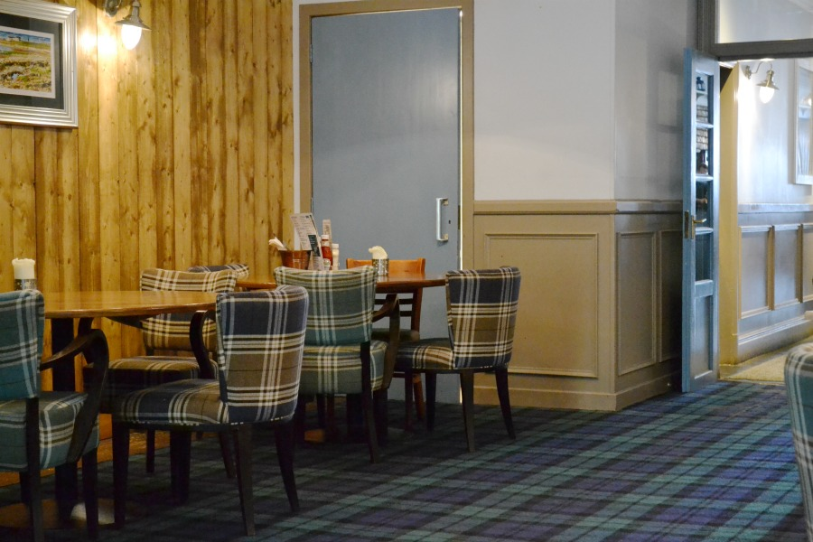 tartan check plaid pub decor scotland photo an hour may 2016