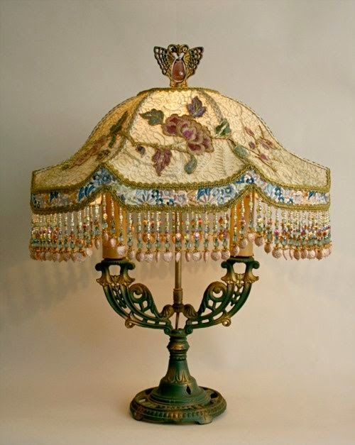 embroidery vintage lamp