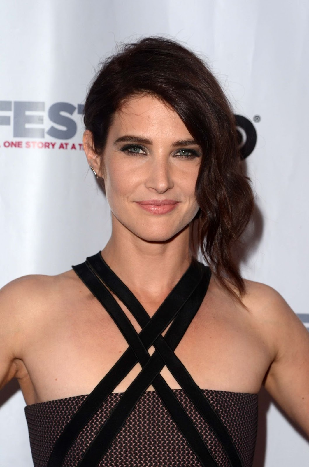 HQ Photos of Jack Reacher actress Cobie Smulders at The Invention Opening Night Gala in Los Angeles