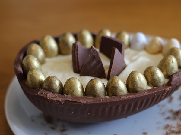 CHEESECAKE FILLED EASTER EGGS??