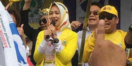 Kampanyekan Jokowi, Airin Rachmi Diany Nyanyi Lagu Kopi Dangdut
