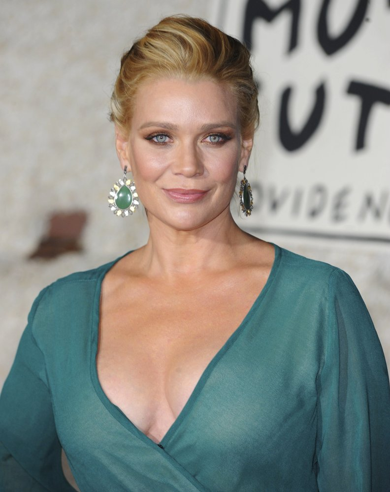 Sideboobs Sexy Laurie Holden naked photo 2017