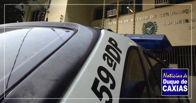 Operação em Duque de Caxias tem dois mandados de prisão contra policiais civis