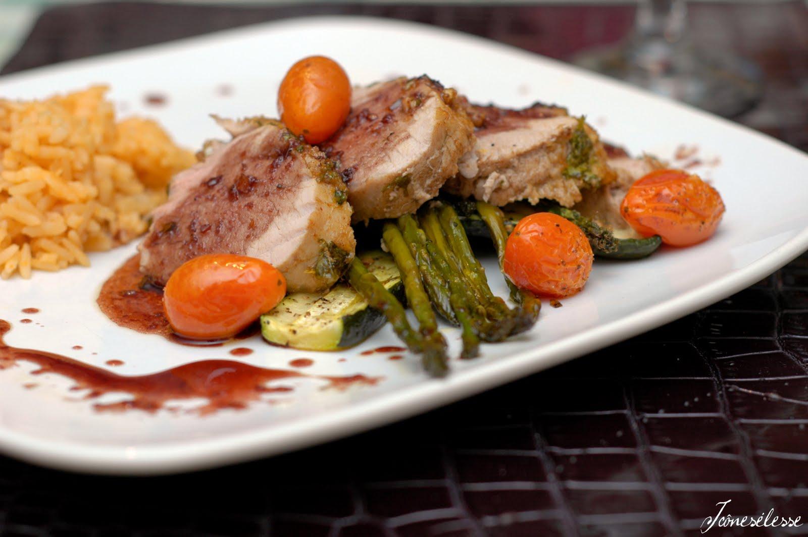 recette filet de porc vin rouge un site culinaire populaire avec des recettes utiles. Black Bedroom Furniture Sets. Home Design Ideas