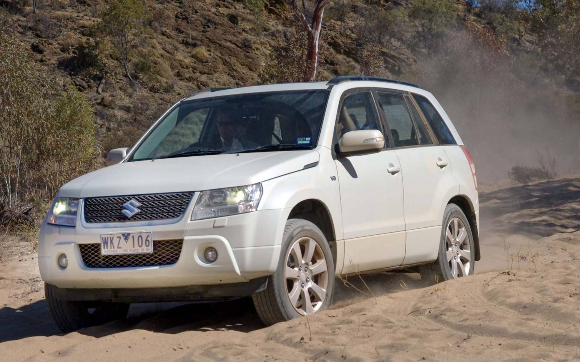 Suzuki Grand Vitara Off Road Wallpapers