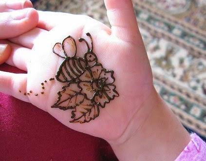 small baby mehndi design
