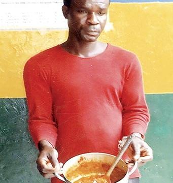 man puts otapiapia poison family soup