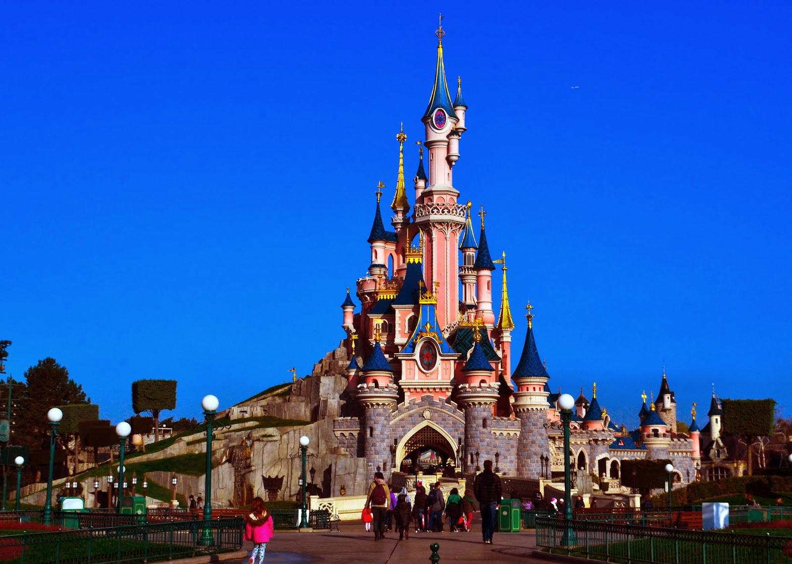 the pink disneyland paris castle