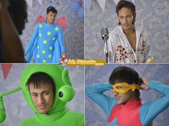 Neymar se fantasiando