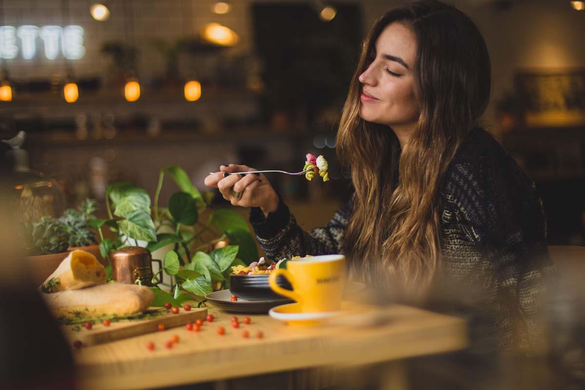 6 Jenis Makanan Sehat Untuk Ibu Hamil
