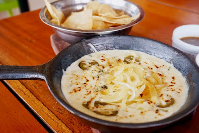 Queso Fundido by Meximama