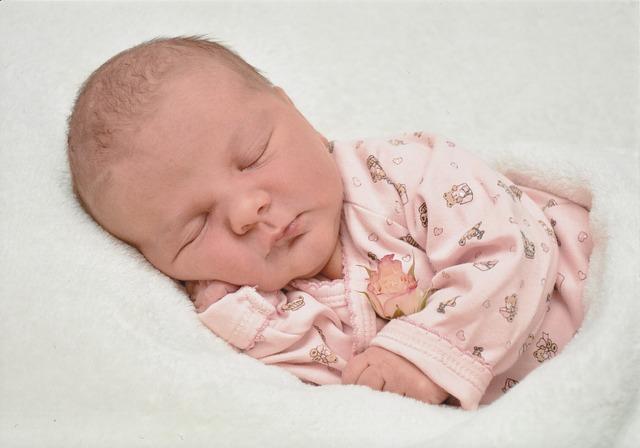 posisi tidur bayi, posisi tidur bayi yang benar, tidur bayi yang benar, tidur bayi usia 0 - 9 bulan