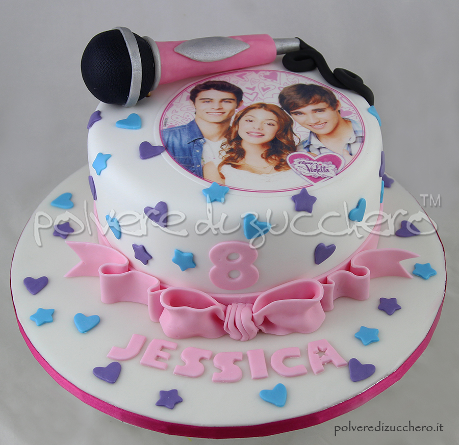 Torta in pasta di zucchero con Violetta della Disney per un 8