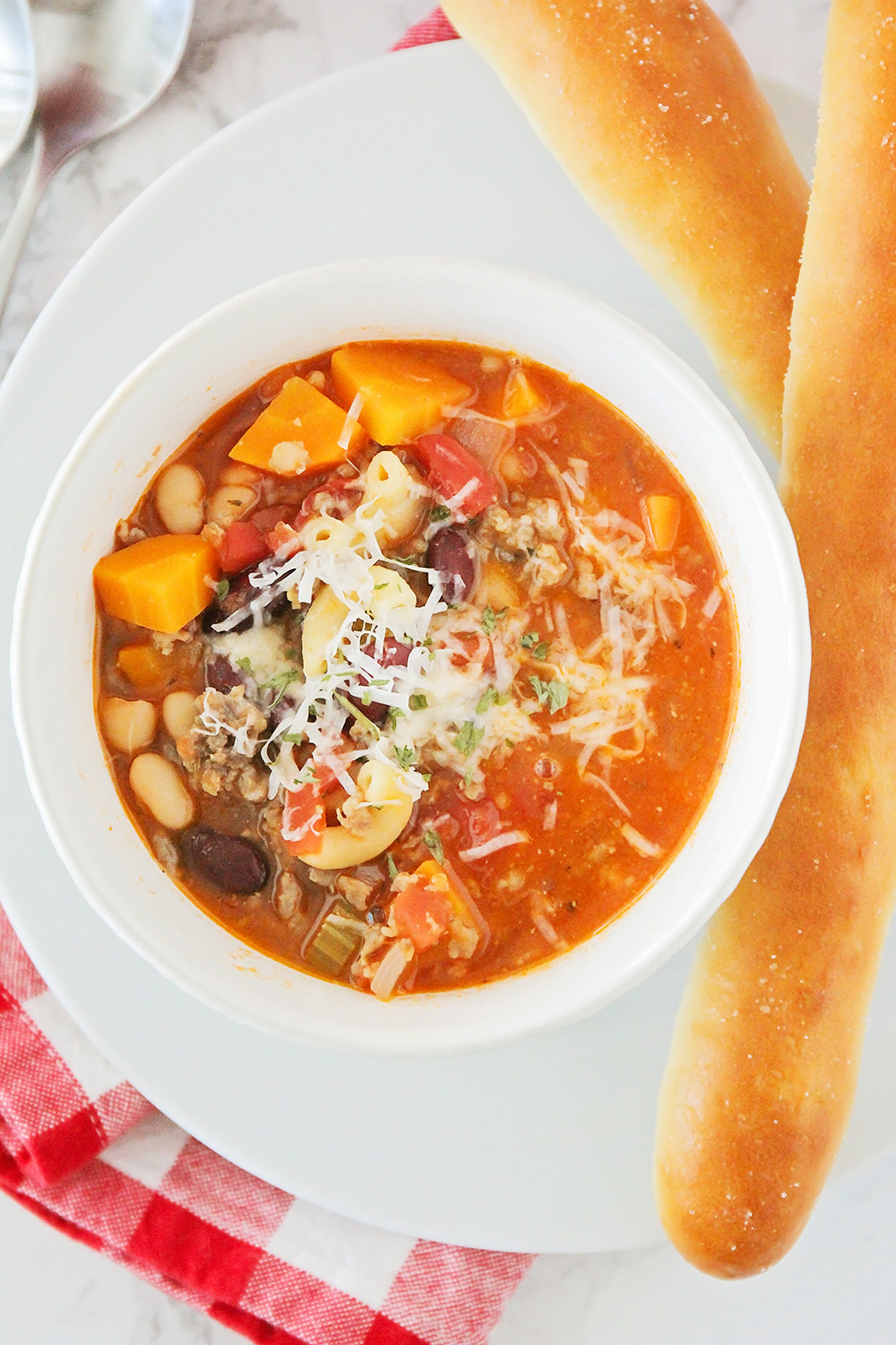 This savory and flavorful pasta e fagioli soup is easy to make, and super delicious!