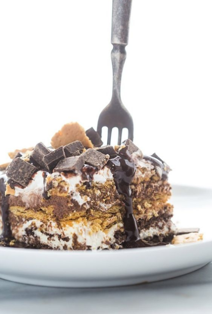 Overnight S'mores Lasagna
