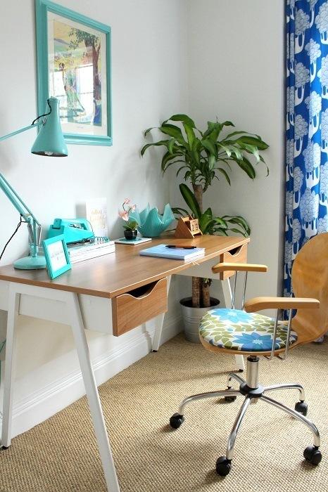 My temporary blogging nook