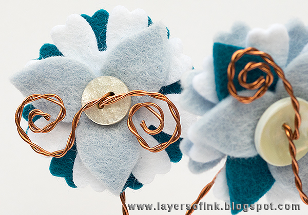 Layers of ink  - DIY Wire and Felt Flowers Tutorial by Anna-Karin with the Sizzix Eileen Hull Twist and Style Tool.